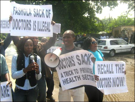 Solidarity demo for striking Lagos Doctors, organised by the Joint Action Front (JAF ), photo DSM