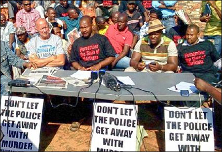 Alec Thraves (left), Socialist Party (CWI England & Wales), next to Mametlwe Sebei, Democratic Socialist Movement, DSM (CWI South Africa)  - photo DSM