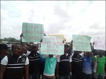 Ogun mine workers fighting for their demands - photo DSM