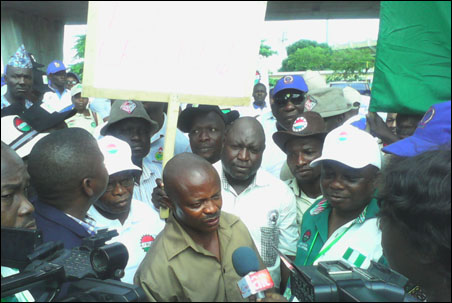 Joe Ajaero Factional President of NLC reacting to the  sealing off of the National Stadium Lagos by the Police - photo DSM