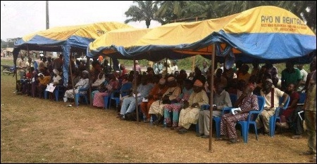 A cross section of workers and community people at the Seminar