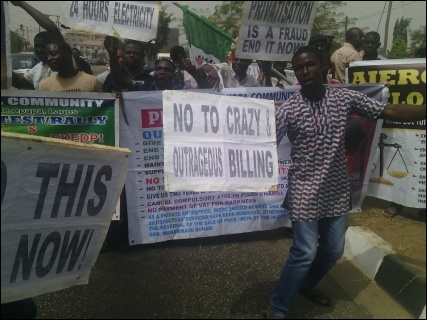 A cross section of protesters in Lagos - photo DSM